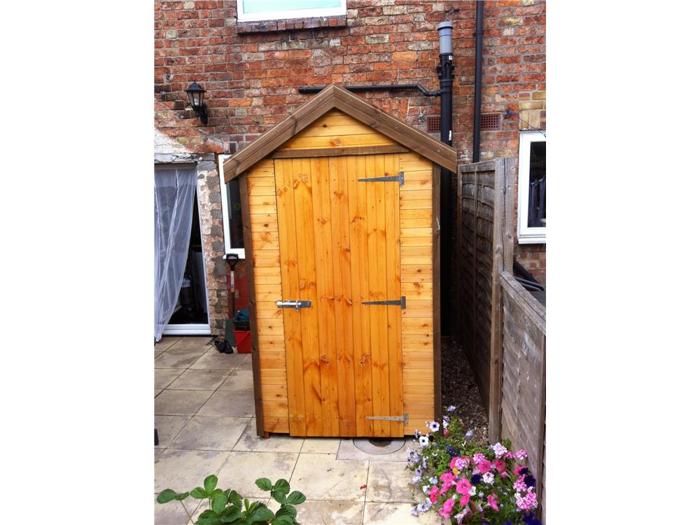 Kiala 5x5 outdoor shed for Garden shed 4x4